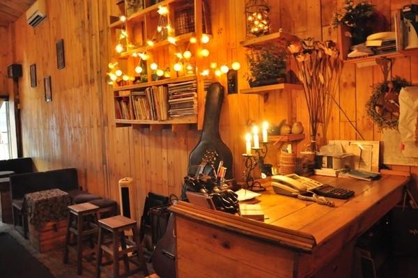 chọn lựa đèn trang trí quán cafe giá rẻ