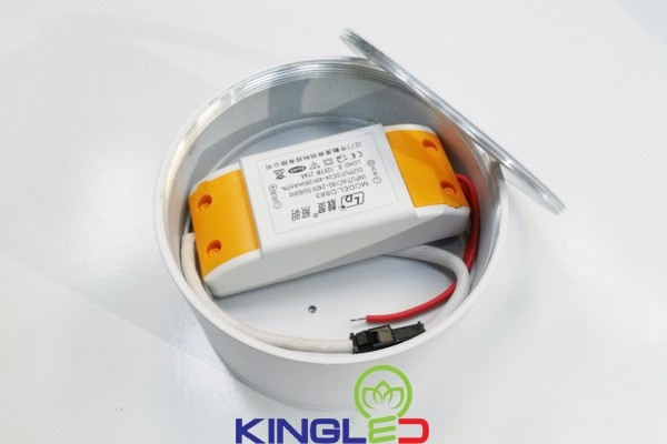 den downlight lap noi gia re, den downlight